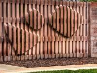 Деревянный забор — 150 фото простых и красивых вариантов ограждений из дерева