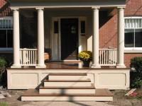 Крыльцо к дому — примеры стильного и красивого оформления входа в дом (135 фото и видео)