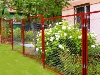 Забор из сетки рабицы — виды, характеристики и лучшие варианты применения забора (видео + 120 фото)